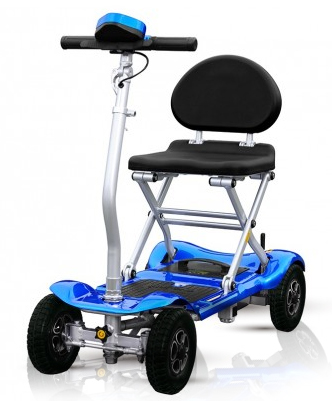 probar-ortopedia-en-casa-moto-electrica-de-4-ruedas-plegable